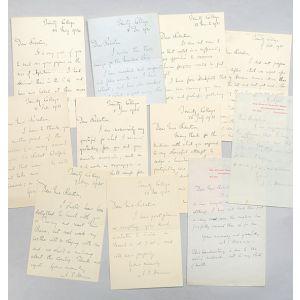 Autograph letters to Professor Donald Robertson.