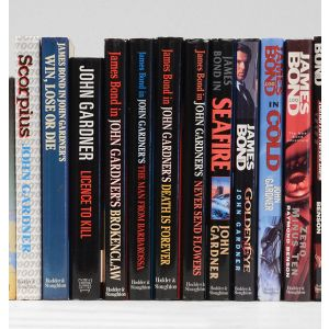 [A complete set of novels and screenplays by the first four authors to carry on the James Bond franchise after Ian Fleming's death:] Colonel Sun; James Bond and the Spy Who Loved Me; James Bond and Moonraker; Licence Renewed; For Special Services; Icebrea