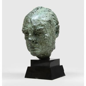 Original bronze head of Winston Churchill.