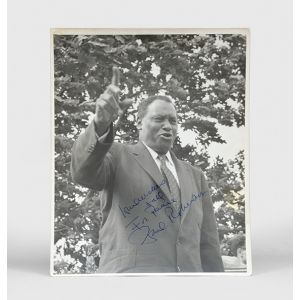 Inscribed photograph.