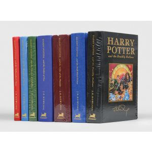 [Complete set of the Harry Potter collector's deluxe editions:] Harry Potter and the Philosopher's Stone; the Chamber of Secrets; the Prisoner of Azkaban; the Goblet of Fire; the Order of the Phoenix; the Half-Blood Prince; the Deathly Hallows.