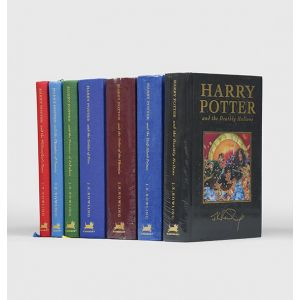 [Complete set of the Harry Potter collector's deluxe editions:]